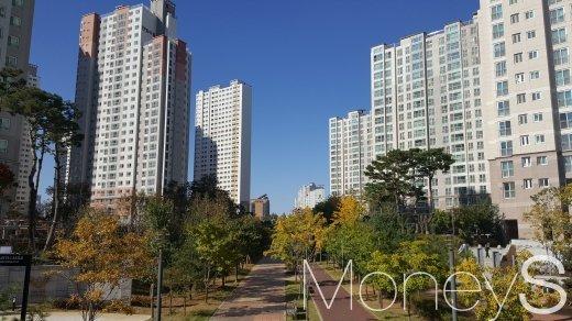 경기도 파주 운정신도시의 한 아파트 단지. /사진=김창성 기자