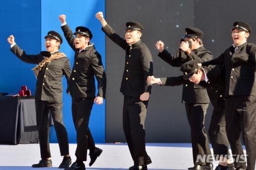 제89회 학생독립운동 기념식이 3일 오전 광주 동구 국립아시아문화전당에서 '학생이 지켜온 정의, 그 위대한 역사의 시작'을 주제로 열렸다./사진=뉴시스