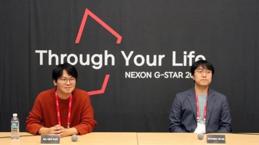 서황록 넥슨 부실장(왼쪽)과 이찬 모아이게임즈 대표가 인터뷰를 진행하고 있다. /사진=채성오 기자