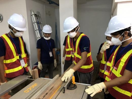 포스코건설이 미얀마서 초급 건설기능인력 60명을 양성했다. /사진=포스코건설