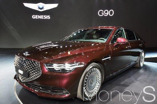 [머니S포토] EQ900 이름 벗어던지고 새롭게 태어난 제네시스 G90