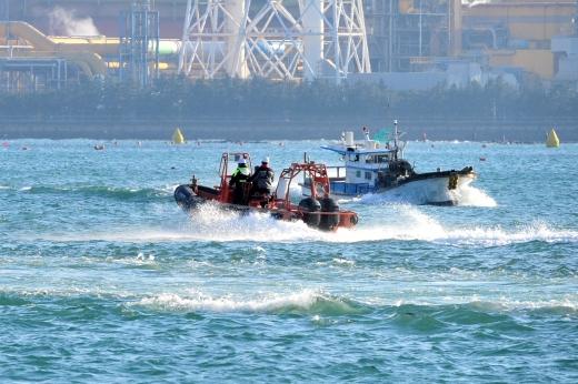포항해경 구조대가 사고 현장으로 달려가고 있다. /사진=뉴스1