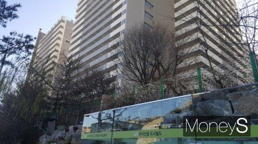 우이신설선 솔샘역 인근의 한 아파트 단지. /사진=김창성 기자