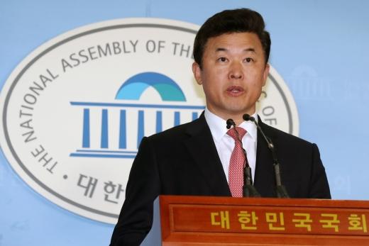 윤영석 자유한국당 수석대변인 /사진=뉴스1 민경석 기자