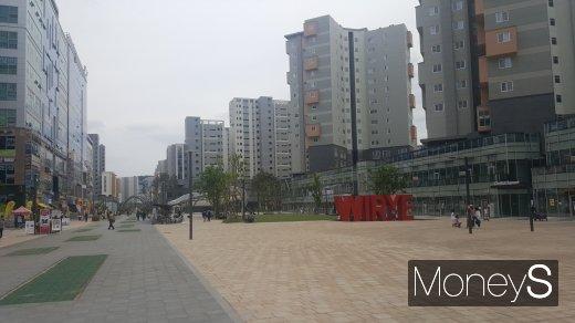 위례신도시 중앙광장. /사진=김창성 기자