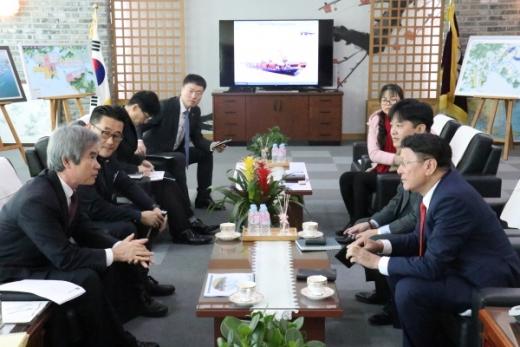 부산항만공사는 7일 베트남 하이안그룹과 업무협력방안을 논의했다. /사진=부산항만공사