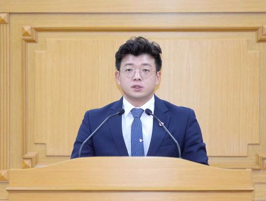 ▲ 파주시의회 목진혁 의원. / 사진제공=파주시의회