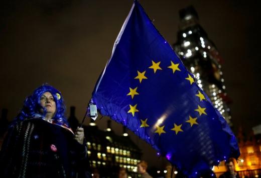15일(현지시간) 영국하원 앞 광장에서 브렉시트 반대시위를 벌이고 있다. /사진=로이터