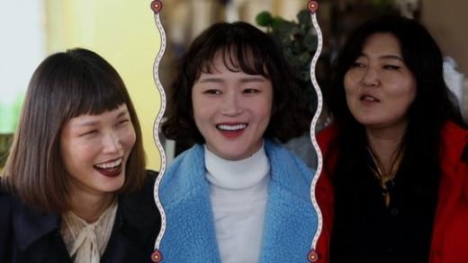 바람난 언니들 첫방. 사진은 송경아, 이혜정, 한혜연(왼쪽부터). /사진=JTBC