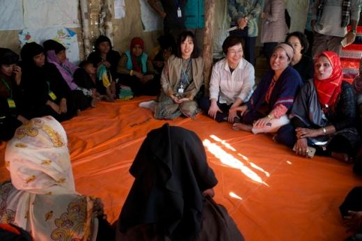 22일 로힝야 난민 캠프를 찾은 이미경 KOICA 이사장. /사진=KOICA