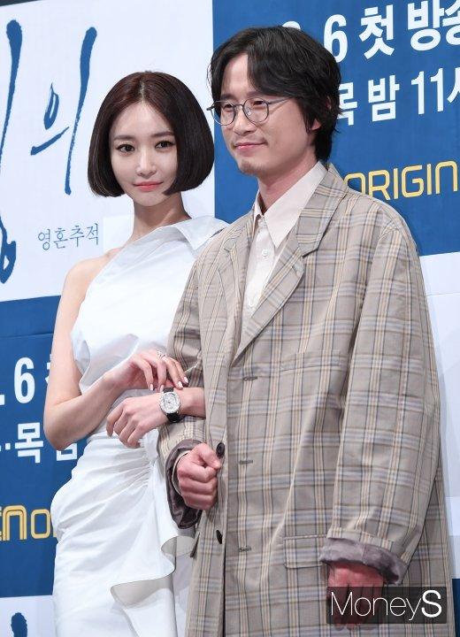 [머니S포토] 고준희·송새벽 '저희 잘 어울리나요?'