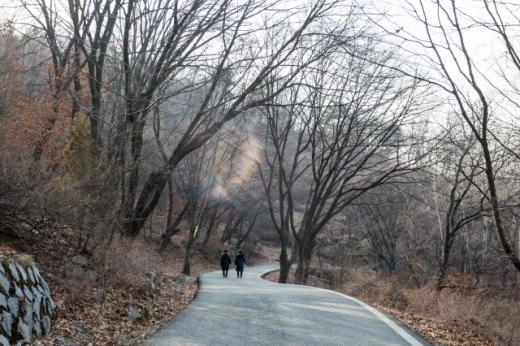 망우리공원의 산책코스. /사진=한국관광공사