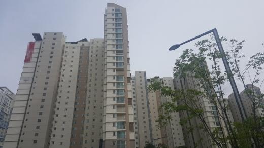위례신도시의 한 아파트단지. /사진=김창성 기자