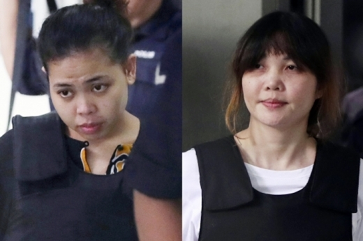 김정남을 암살한 혐의로 기소된 시티 아이샤(왼쪽)와 도안 티 흐엉. /사진=뉴시스