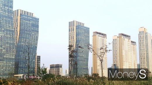 송도국제도시 일대 아파트 단지. /사진=김창성 기자