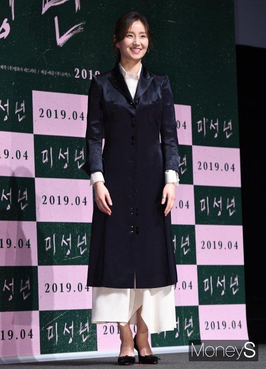 [머니S포토] 김소진, 뮤지컬 무대의상 연상 패션