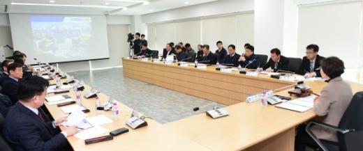 '지역건설산업 활성화 추진위원회' 2019년 정기회의. / 사진제공=경기북부청
