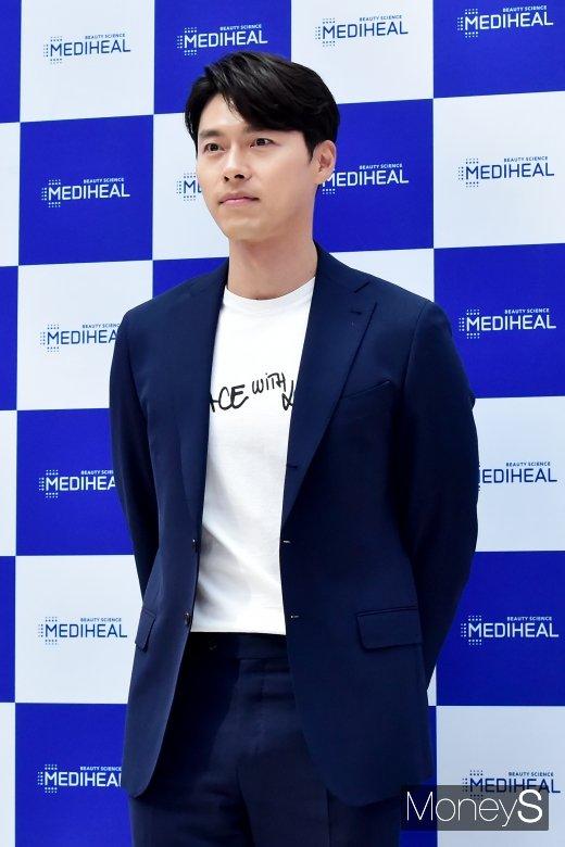 [머니S포토] 만찢남 현빈, '훤칠한 이목구비'