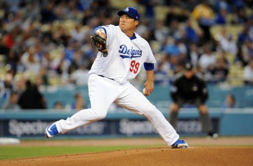 3일 오전 11시10분(한국시간) 미국 캘리포니아 주 로스앤젤레스 다저스타디움에서 열린 2019 미국 메이저리그(MLB) 샌프란시스코 자이언츠와 홈경기에서 4이닝 무실점을 기록 중인 LA 다저스의 투수 류현진. /사진=로이터