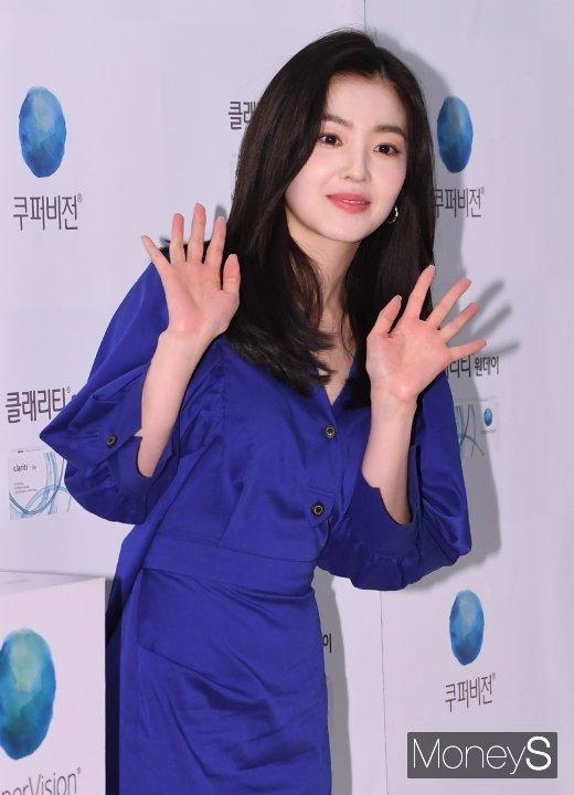 [머니S포토] 레드벨벳 아이린 '활짝 핀 꽃미모'