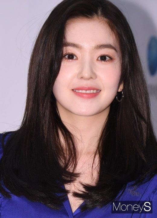 [머니S포토] 레드벨벳 아이린 '사슴 같은 눈망울'