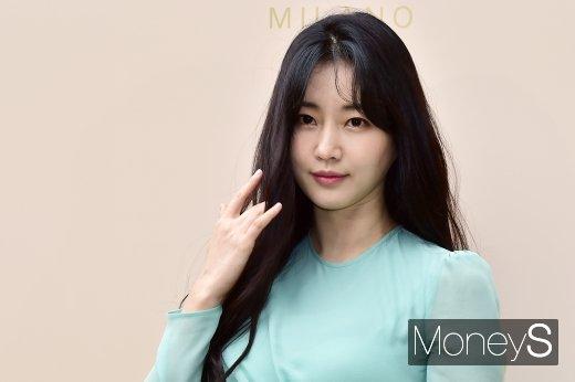 [머니S포토] 여신 김사랑, 남다른 비주얼 클래스