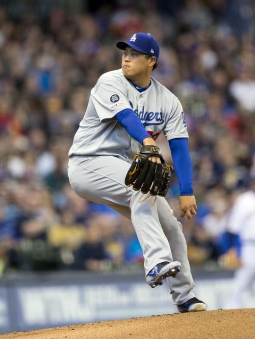 2일(한국시간) 미국 캘리포니아주 오라클 파크에서 열린 2019 미국메이저리그(MLB) 샌프란시스코 자이언츠전에 선발 투수로 출전하는 LA 다저스의 투수 류현진. /사진=로이터