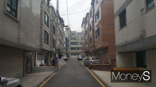 서울시내 한 원룸 골목. /사진=김창성 기자