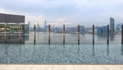 호텔 VIC 온더하버의 인피니티풀. /사진=홍콩관광청