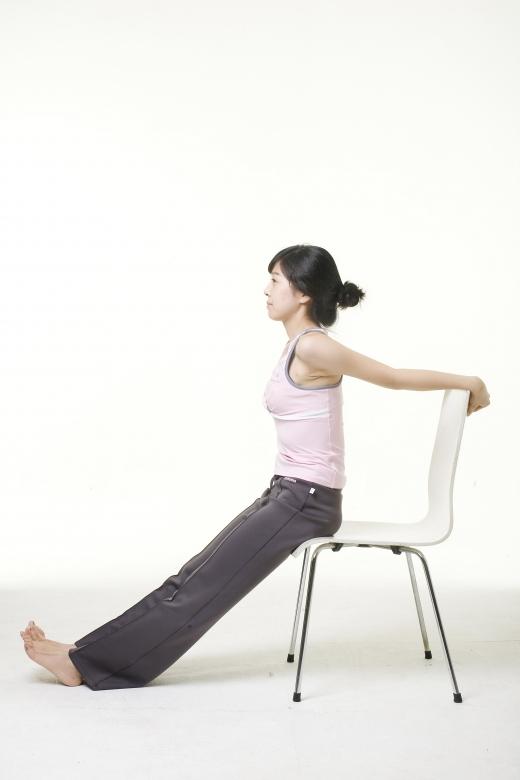 [건강] 관절통증, 근력운동으로 줄이세요