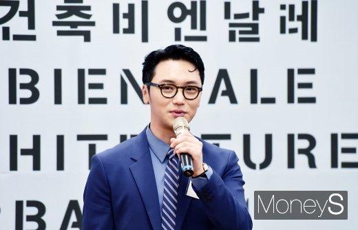 [머니S포토] D-100 서울비엔날레, 소감 전하는 홍보대사 변요한