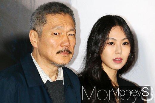 홍상수 감독(왼쪽)과 배우 김민희. /사진=임한별 기자