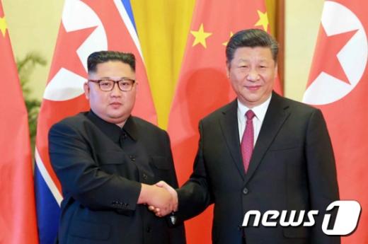 시진핑, 평양으로 출발…중국 국가주석 14년 만에 방북 (속보)