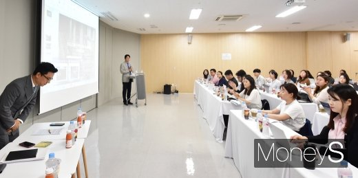 [머니S포토] 네오 김포 온라인 전용 물류센터 오픈