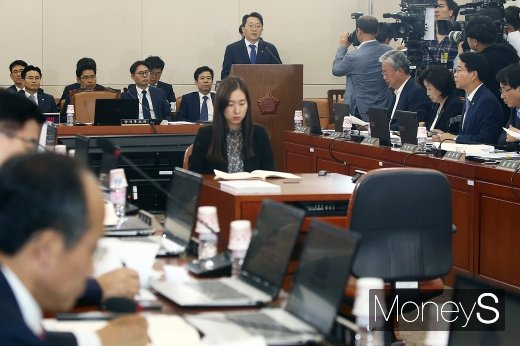 [머니S포토] 여-야 시선 쏠린 국세청장 후보자 인사청문회