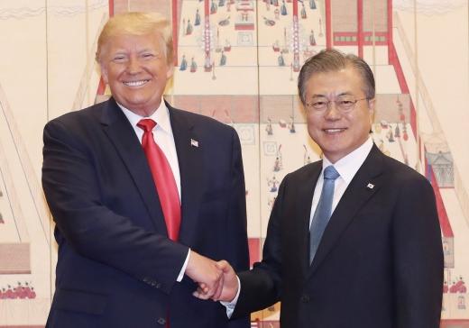 문재인 대통령과 도널드 트럼프 미국 대통령. /사진=뉴시스 전신 기자