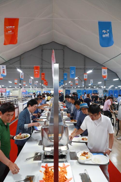 선수촌 식당/사진제공=광주세계수영선수권대회 조직위
