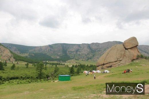 초원 만이 아니었네… 몽골의 알프스 '테를지'