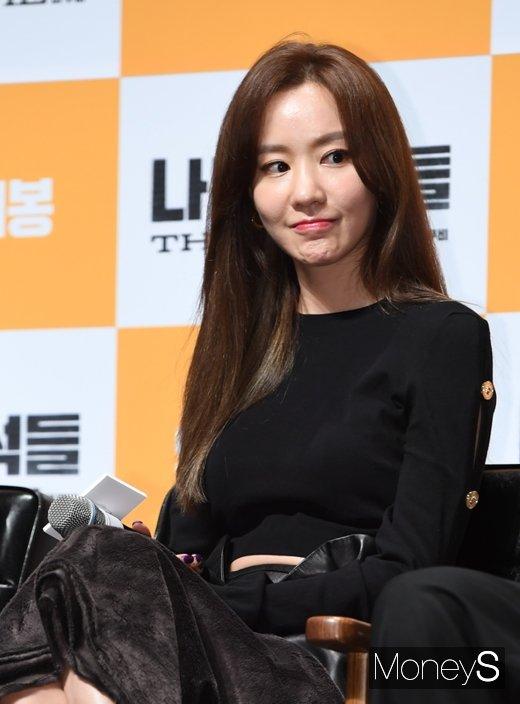 [머니S포토] 김아중, 미모가 사기 캐릭터