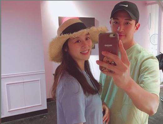 배우 장신영(왼쪽)과 강경준. /사진=강경준 인스타그램 캡처