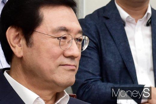 [머니S포토] 민주당대표-시도지사 간담회 참석한 이용섭 광주 시장