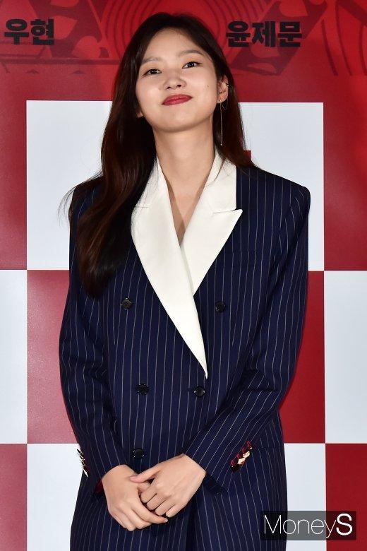 [머니S포토] 타짜3 최유화, '마돈나의 매력에 빠져보실래요?'