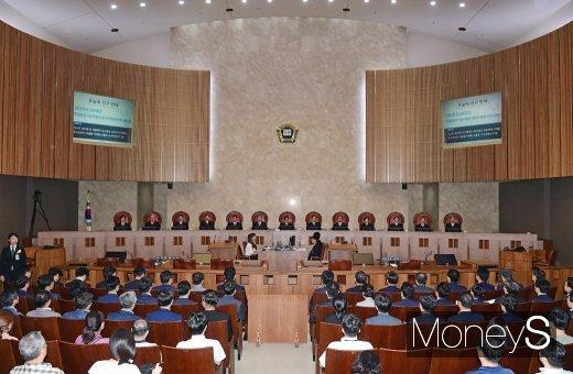 [머니S포토] 대법, 박근혜·최순실·이재용 국정농단 사건 파기환송