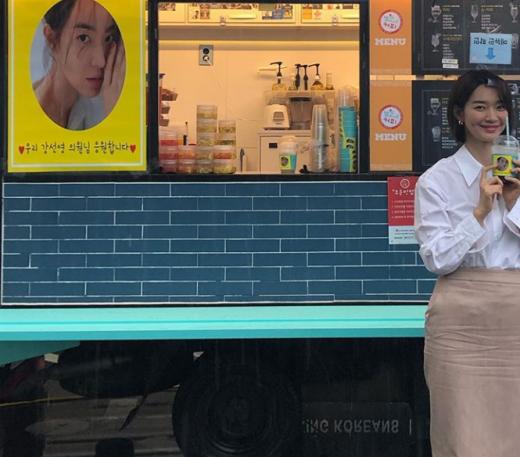 배우 신민아. /사진=신민아 인스타그램 캡처