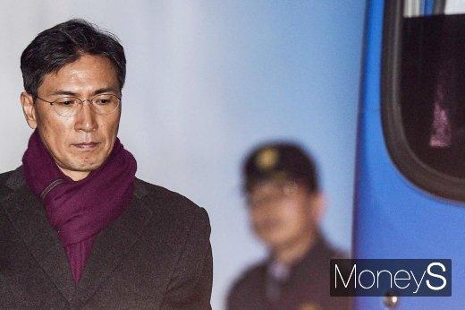 대법, '비서 성폭행' 안희정 징역 3년6개월 확정 (속보)