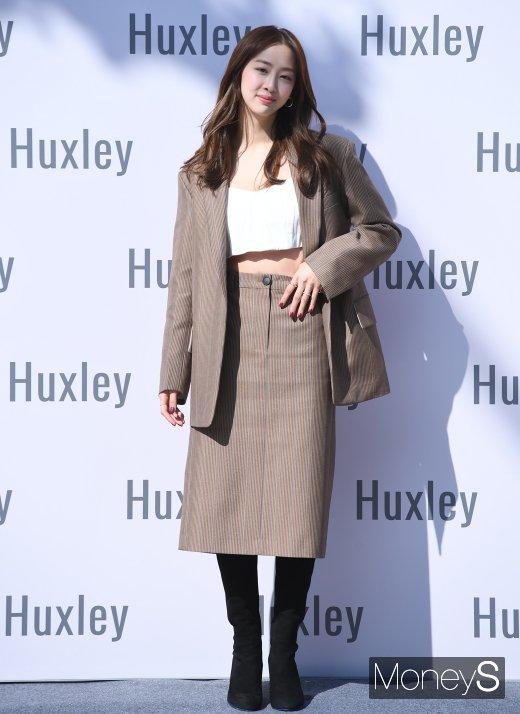 [머니S포토] 다솜, 가을 분위기 느껴지는 패션
