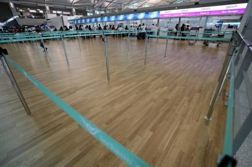 인천국제공항의 텅 빈 일본행 수속장. /사진=뉴스1