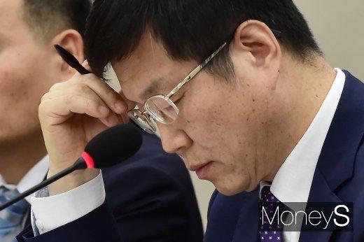 [머니S포토] 최철안 중소기업기술정보진흥원 원장의 심사숙고
