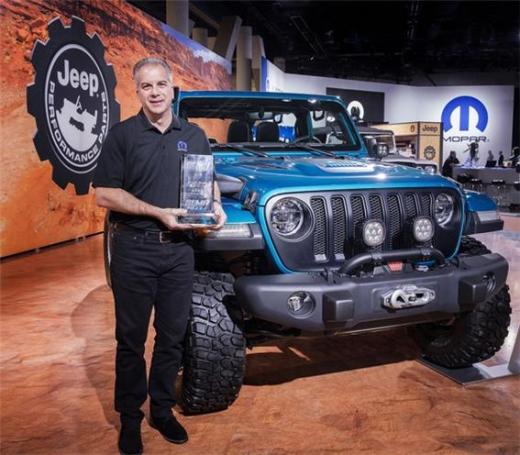 프(Jeep) 랭글러가 10년 연속 SEMA '올해의 4x4 SUV' 어워드 수상했다./사진=FCA코리아