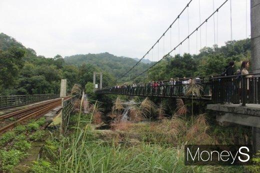 스펀폭포, 타이베이 북부여행… '예스폭진지'의 묘미